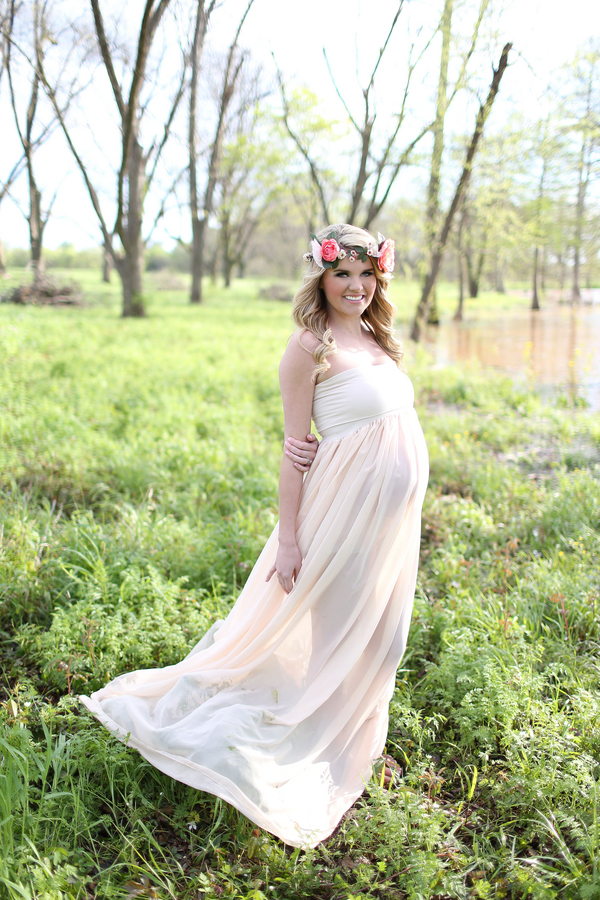 Goddess Rustic Maternity Session
