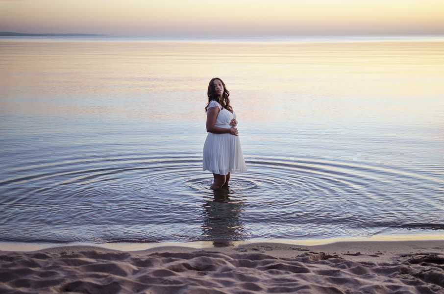 Sunrise Beach Maternity Shoot